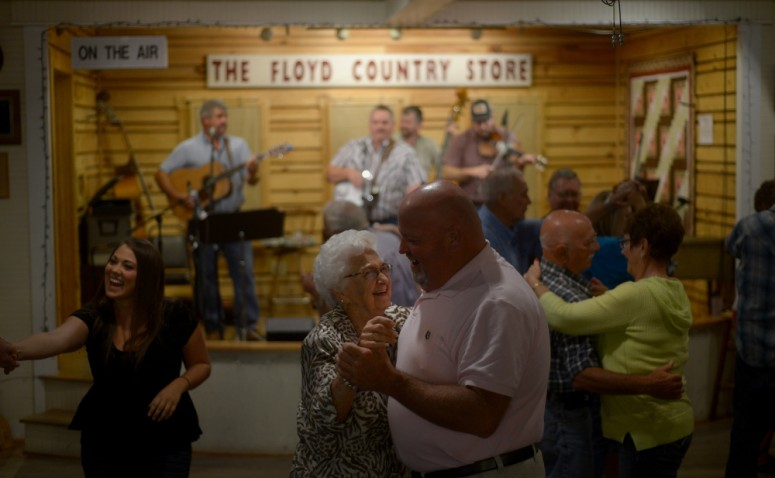 The Dry Hill Draggers along with Buddy Pendleton, Olen Gardner, Herschel Sizemore, Mike Walker and Eli and Aila Wildman performed at the Virginia Folklife Apprenticeship Gallery show at the Floyd Country Store on Thursday, 9/17/15. Photo by Pat Jarrett/The Virginia Folklife Program