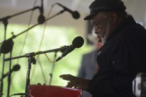 Sherman Holmes (photo by Pat Jarrett/Virginia Folklife Program)